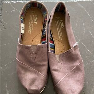Grey TOMS women's 7